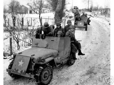 US Army 1/4 ton Armored Truck = Jeep Blindée ( Takom 1/35) 20792910