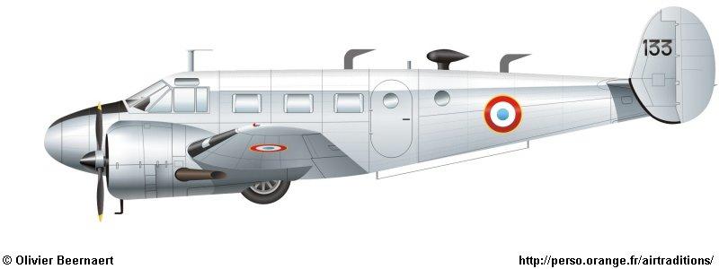 "Fil rouge 2019 : Beechcraft ""Expeditor"" ICM 1/48 *** Terminé en pg 2 21_410"