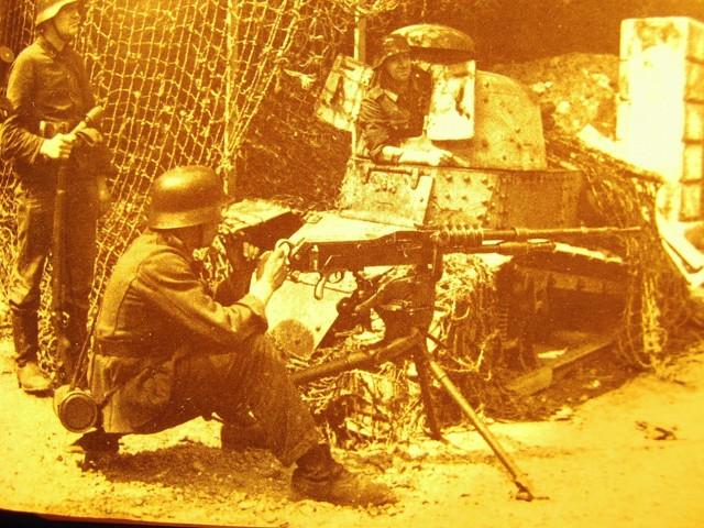 Char FT au raid de Dieppe de 1942_1/72e_ - Page 2 72_ft110
