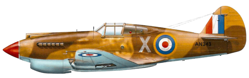 Curtiss Tomahawk Mk.IIB 1/72 de chez Airfix Avec son socle FINI!!!!!!! 81_1410