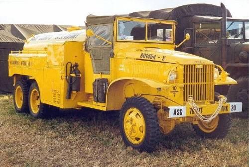 US 2 1/2 ton 6x6 airfield fuel truck _ Tamiya ech 1/48 Airfie10