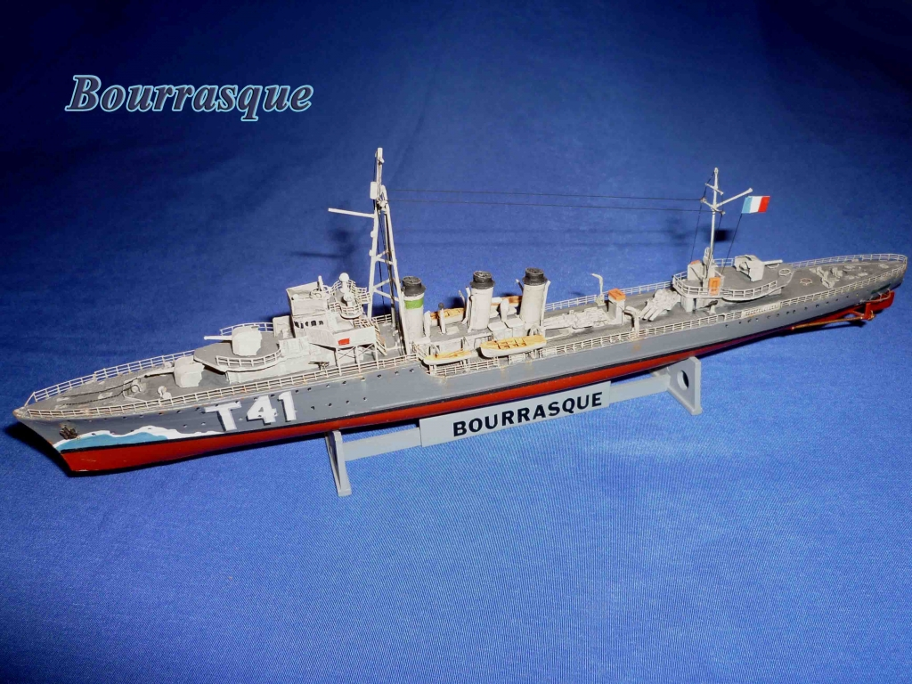 "Torpilleur 1455 t  "" Bourrasque "" ( Orp Wicher 1/400 Mirage) Bourra13"