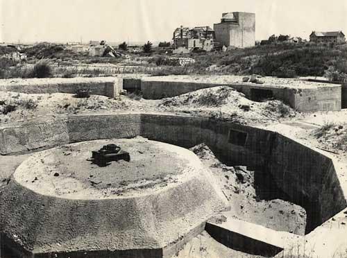 1er diorama avec blindés allemands au 1/72 - Page 3 Bunker10