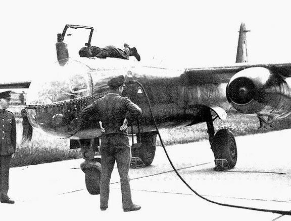 Arado 234 Chasse de nuit FLY au 1/32 - Page 3 Lrg00010