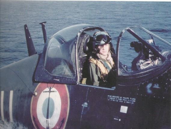 "F4U-7 Corsair ""french navy"" 48 de HASEGAWA (fini) Marion10"