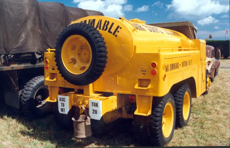 US 2 1/2 ton 6x6 airfield fuel truck _ Tamiya ech 1/48 Sans-t14