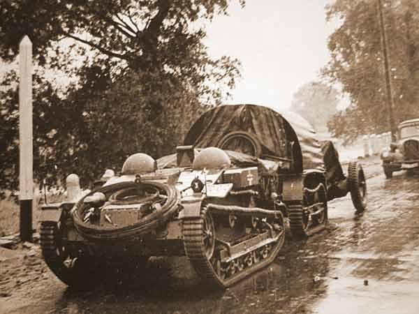 Chenillette Renault UE Tamiya 1/35 Ue-110