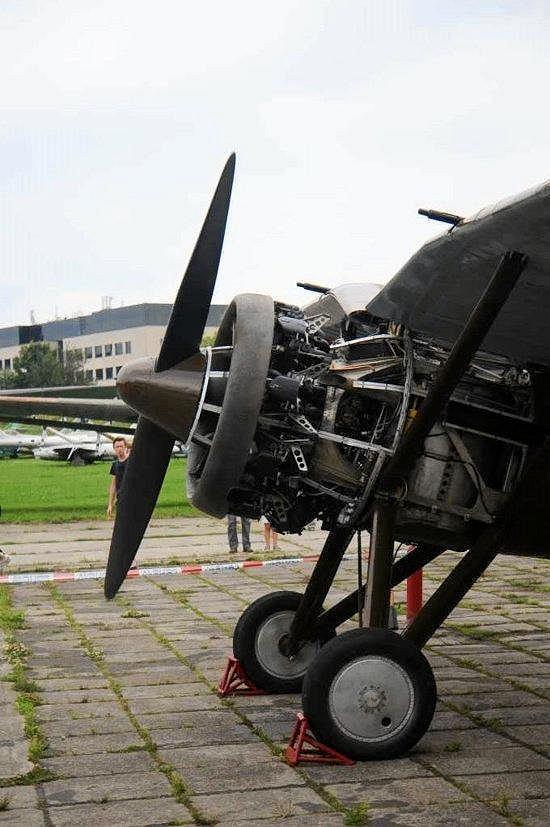 [MIRAGE] PZL P-11c .121 Eskadra Mysliwska, III/2 Pulk Lotniczy : Skończone Réf 48102  Z2375111