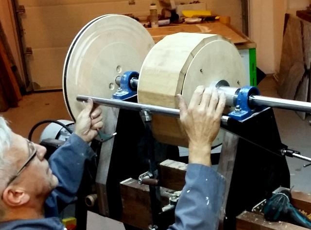 Réalisation de futs de batterie en bois tourné - Page 6 20161011
