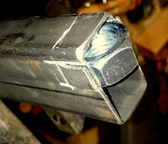 Réalisation de futs de batterie en bois tourné - Page 2 Dsc_0021
