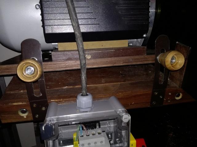 Réalisation de futs de batterie en bois tourné - Page 4 Img_2025