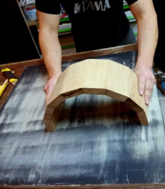 Réalisation de futs de batterie en bois tourné - Page 6 Img_2051
