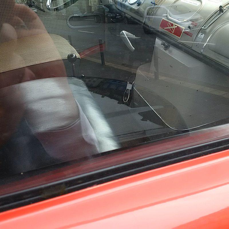 Mercedes-Benz 710 Drehleiter - auf dem Parkplatz schnappgeschossen Img_2028