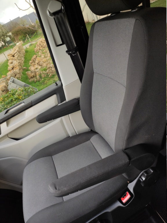 Échange siège passager individuelle contre banquette Img_2011