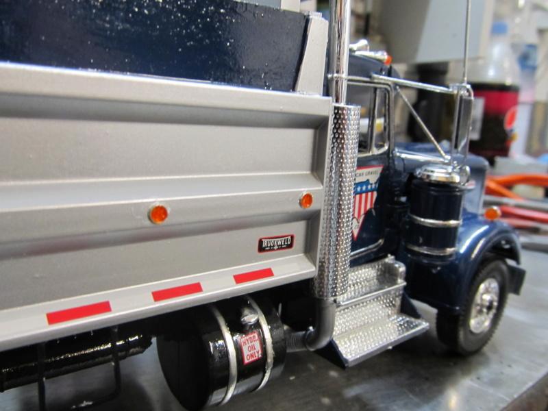 Kenworth W900 Dump Truck (Revell 07406) Maßstab 1 zu 25 Img_6013