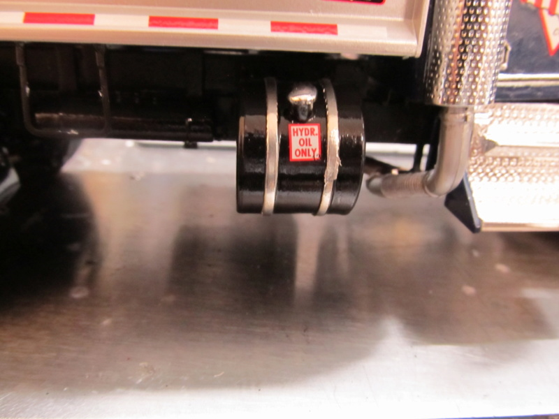 Kenworth W900 Dump Truck (Revell 07406) Maßstab 1 zu 25 Img_6014
