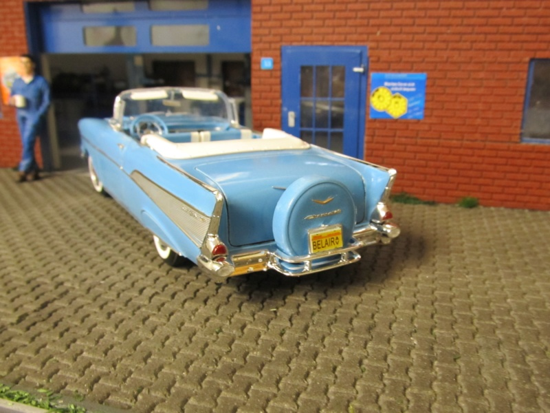 1957 Chevrolet Chevrolet Bel Air Convertible (Revell 1 zu 25) Img_6122