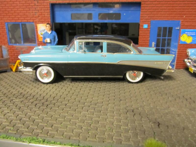 1957 Chevrolet Chevrolet Bel Air Two Door Sedan (Revell 1 zu 25) Img_6411