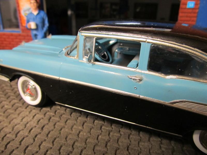 1957 Chevrolet Chevrolet Bel Air Two Door Sedan (Revell 1 zu 25) Img_6414