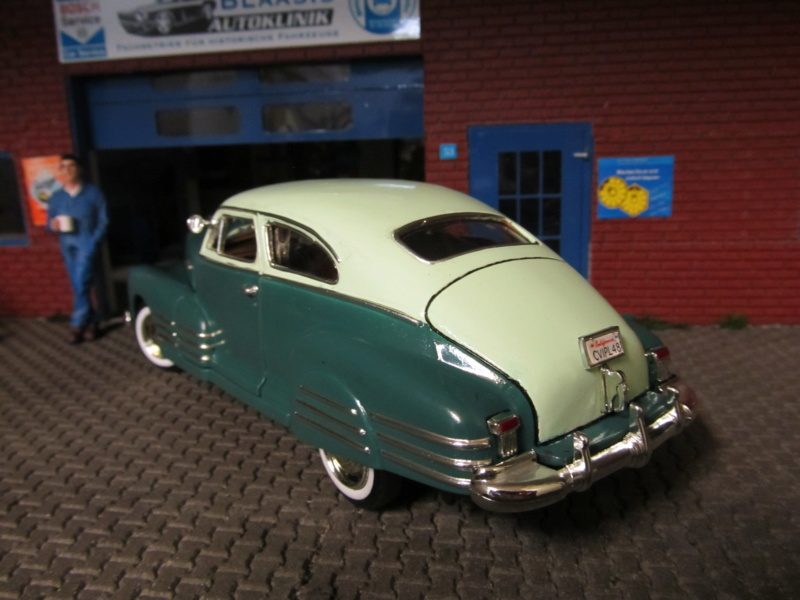 1948 Chevrolet Fleetline Aerosedan in 1 zu 24 von MotorMax Img_6456