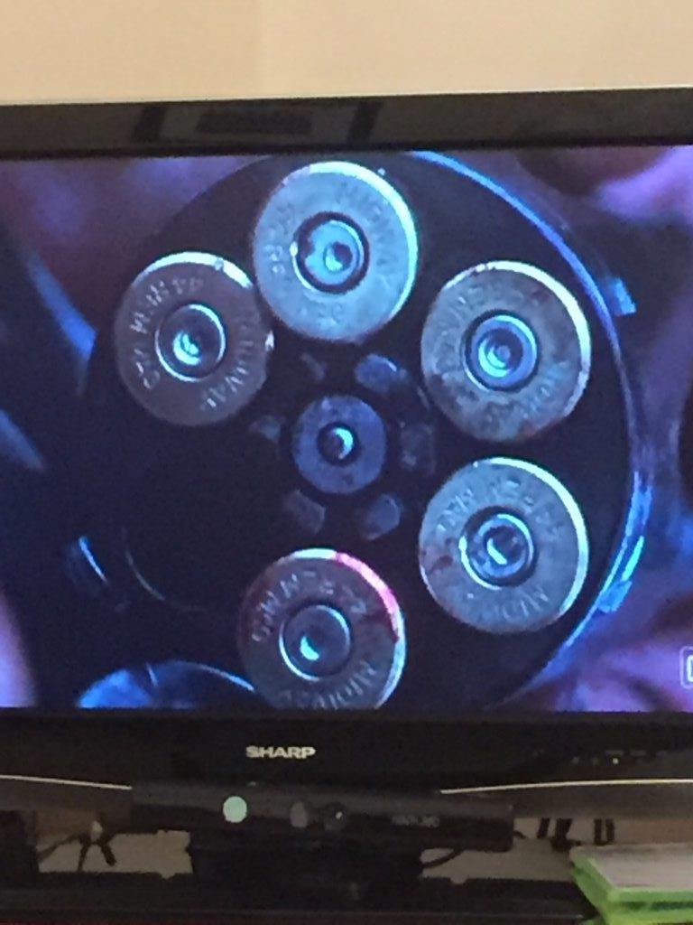 Les erreurs de gun dans les films / séries - Page 4 Img_1710
