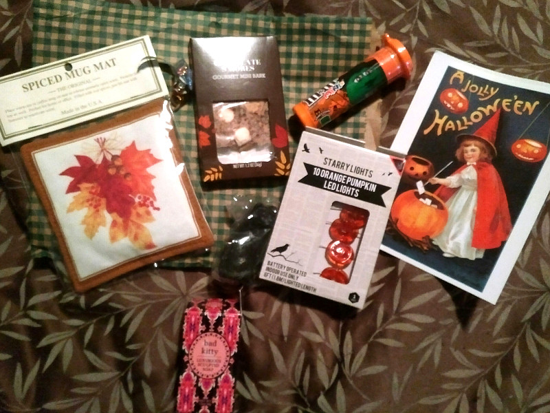 Another lovely swap package! Img_2015
