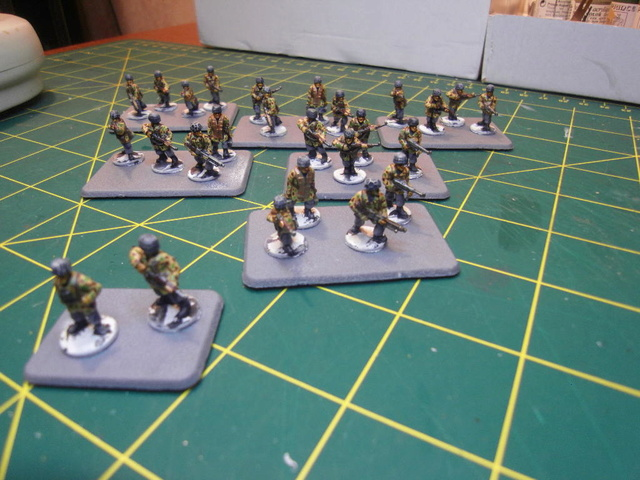 CAMPAGNE Flames of War MARKET-GARDEN - Page 3 Sdc11811