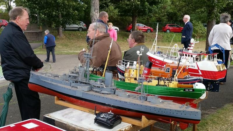 Edinburgh MBC Warship and Sub Day 2016 20160957