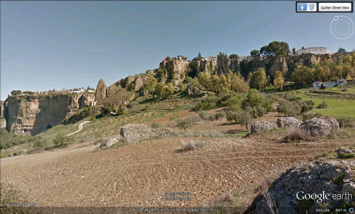 Ronda, village au bord d'un précipice - Espagne. F10