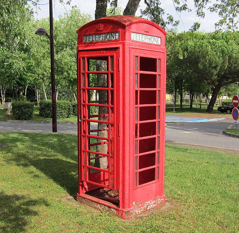 STREET VIEW : Les cabines téléphoniques Plaisa10