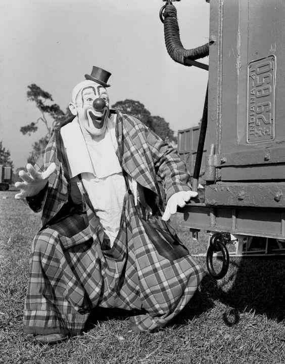 Les clowns  - Page 2 Cl610