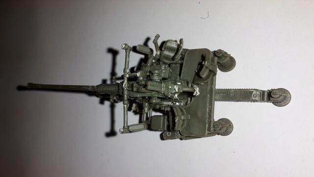 Canon Bofors de 40 mm. (Wrzesien) --1/72  20161023