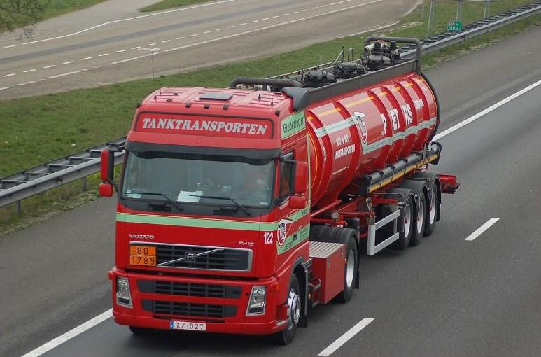 Peeters Tanktransporten  (Arendonk) Volvo410