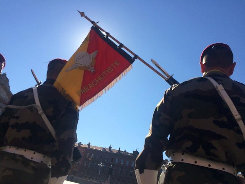 Pour la Saint Mchel,la 11° B.P. saute sur la place du Capitole de Toulouse  Ctg19p10
