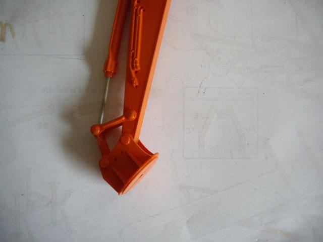 Hitachi Doppel-Arm-Arbeitsmaschine, Hasegawa 1:35 015a10