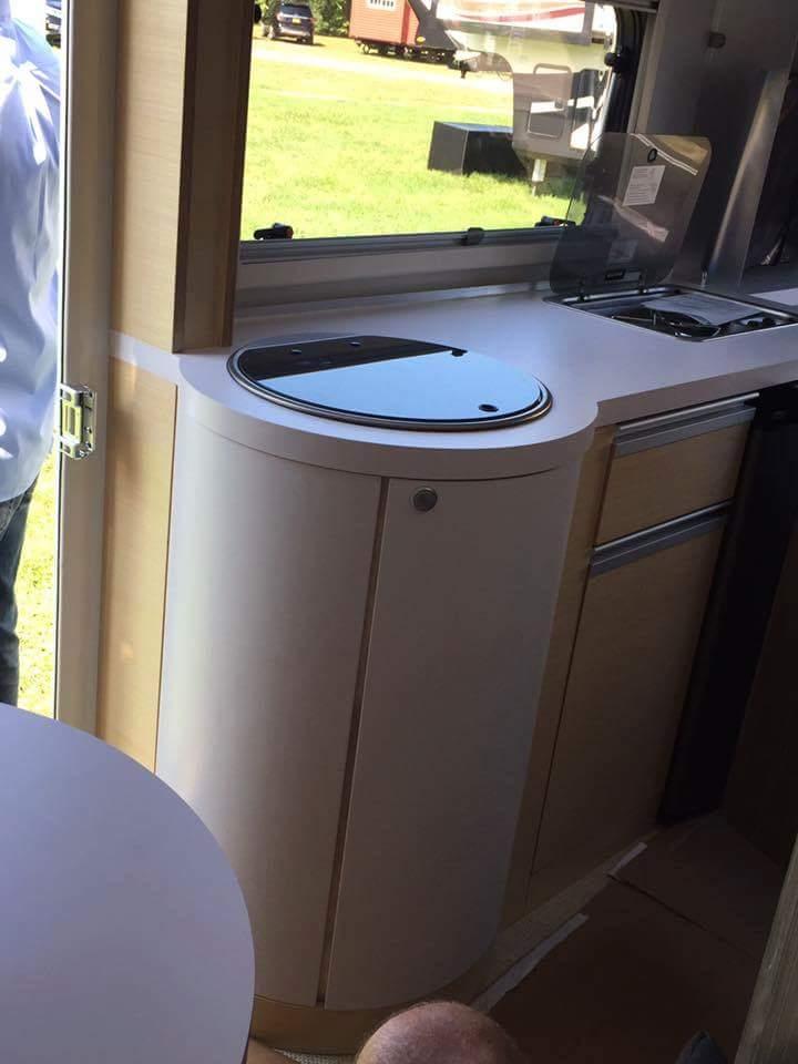 T@B 400 Unveiled (révélée) at Elkhart RV Open House Tmp_1719