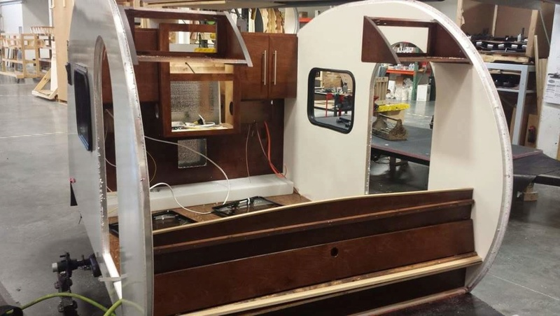 Quelques Photos de la fabrication des roulottes Pleasant Valley Teardrop Trailers Tmp_2236