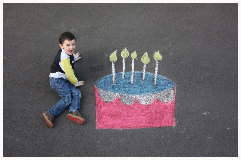 montage anniversaire gâteau à la craie. 31010_10