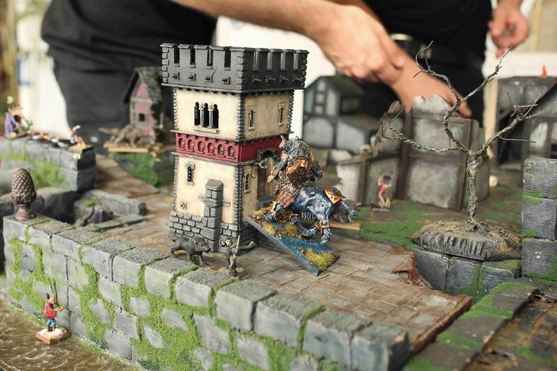 marienburg - Mutiny in Marienburg Kick off Bull_a10