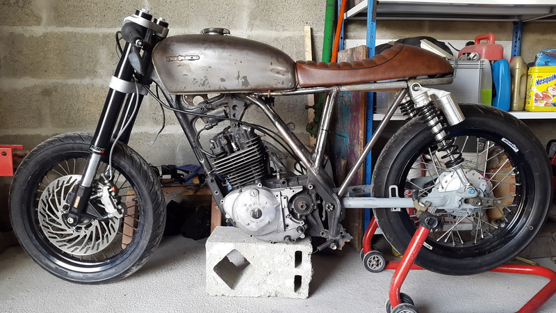 HONDA 250 XLS 1982 Cafe Racer - Page 3 20161017
