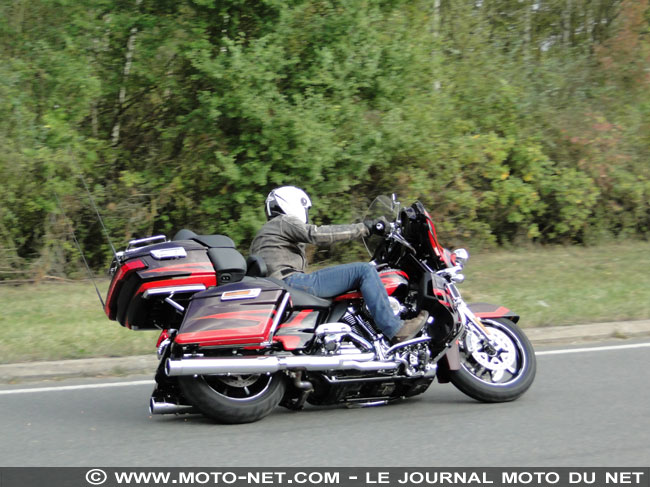 Essai Harley-Davidson Electra CVO Limited 114 Elec-c11