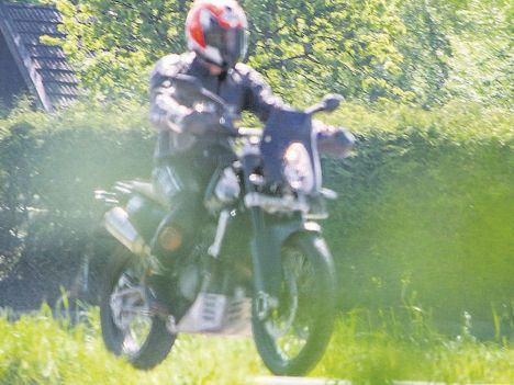 KTM 1050 Adventure  - Page 2 Ktm80010