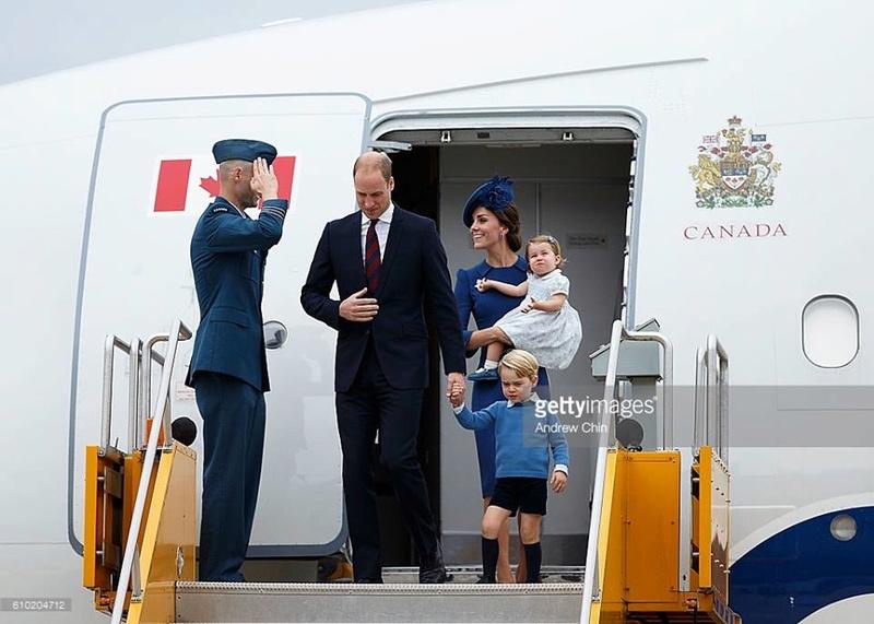 Маленький принц и его родители плюс сестричка - Страница 3 Ae10