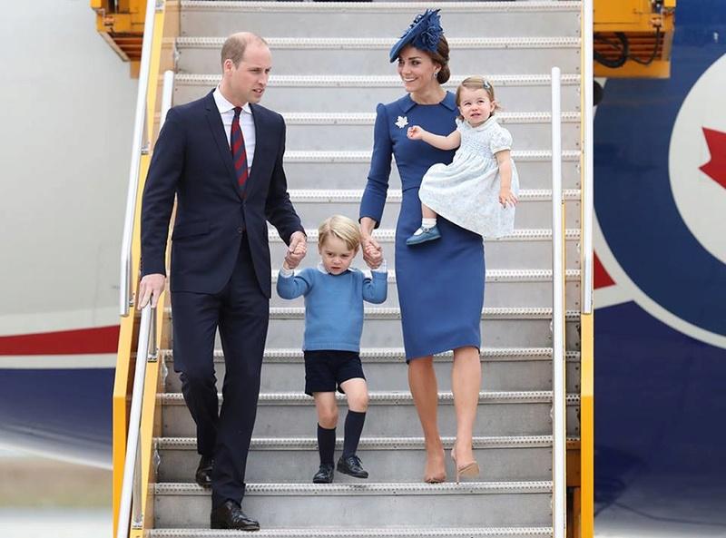 Маленький принц и его родители плюс сестричка - Страница 3 Ae110