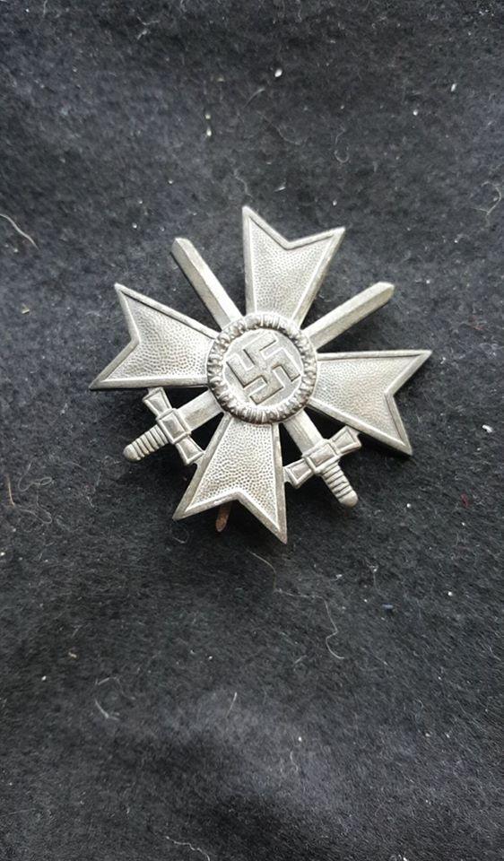 mise à jour de mes médailles et badges allemand - Page 2 Kvk110