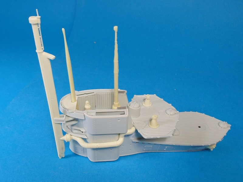 U boat type VII c 41 version atlantique 1/72 revell Dsc03255