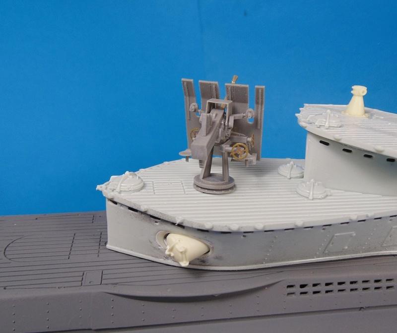 U boat type VII c 41 version atlantique 1/72 revell - Page 2 Dsc03316