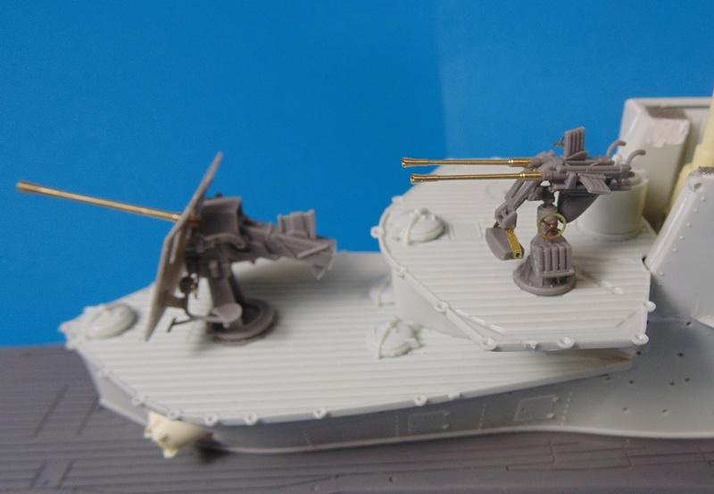 U boat type VII c 41 version atlantique 1/72 revell - Page 2 Dsc03321