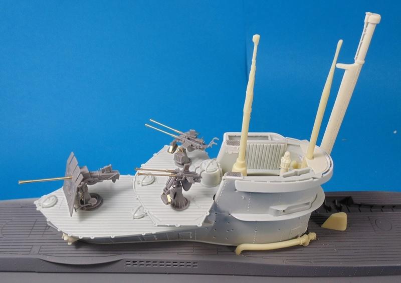 U boat type VII c 41 version atlantique 1/72 revell - Page 2 Dsc03323