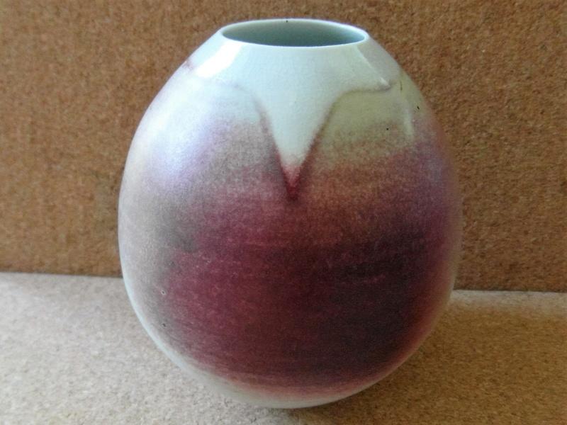Finely thrown porcelain pot Sam_6411